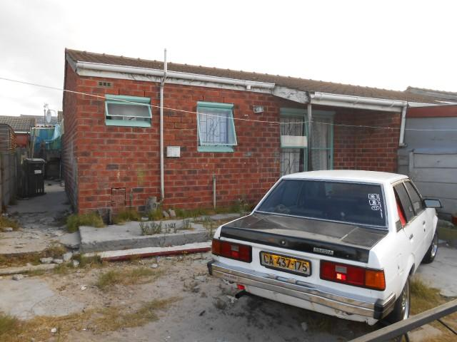 Absa Bank Trust Property 2 Bedroom House for Sale For Sale in Mitchells Plain - MR101347