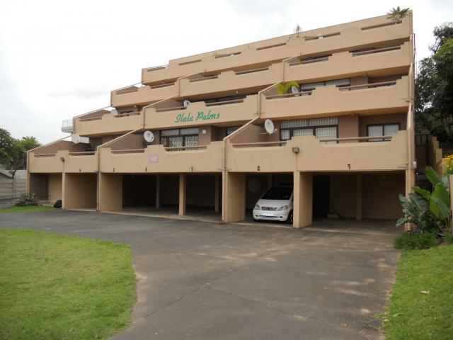 2 Bedroom Sectional Title For Sale in Uvongo - Private Sale - MR101354