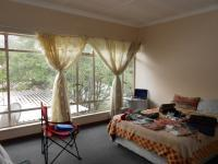Bed Room 1 - 21 square meters of property in Kempton Park