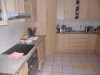 Kitchen - 16 square meters of property in Parow North