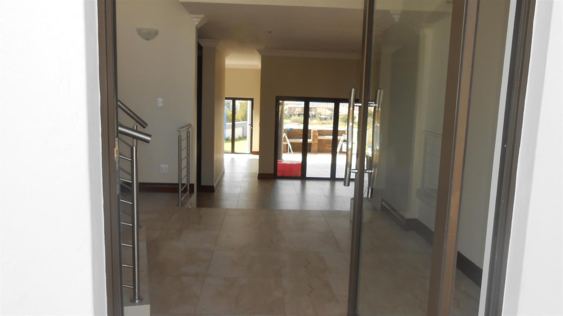 Lounges - 136 square meters of property in Blue Valley Golf Estate