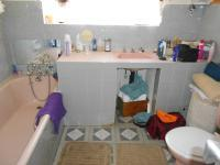 Main Bathroom - 6 square meters of property in Lindhaven
