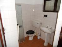 Bathroom 3+ - 13 square meters of property in Shelly Beach