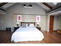 Main Bedroom - 26 square meters of property in Southdowns Irene Country Farm