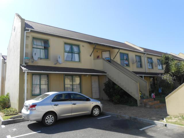 Standard Bank EasySell 3 Bedroom Apartment for Sale For Sale in Table View - MR101545