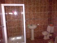 Main Bathroom of property in Lenasia South