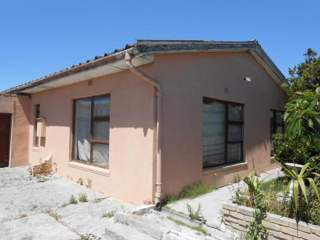Absa Bank Trust Property 3 Bedroom House for Sale For Sale in Grassy Park - MR101606