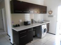 Kitchen - 8 square meters of property in Oakdene