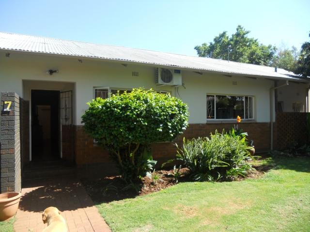 4 Bedroom House for Sale For Sale in Kloofsig - Private Sale - MR101620