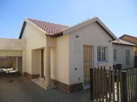 3 Bedroom 1 Bathroom Cluster for Sale for sale in Chantelle