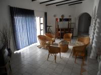 Lounges - 38 square meters of property in Umzumbe