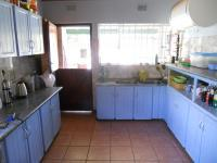 Kitchen - 24 square meters of property in Knysna