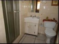 Bathroom 2 - 10 square meters of property in Dalpark
