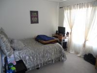 Main Bedroom - 14 square meters of property in Clubview