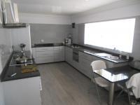 Kitchen - 25 square meters of property in Laudium