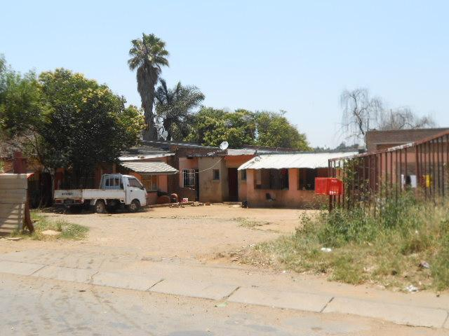 House for Sale For Sale in Kempton Park - Private Sale - MR101730