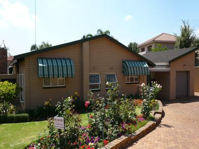 4 Bedroom House for Sale For Sale in Menlyn - Private Sale - MR10174