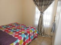 Bed Room 1 - 33 square meters of property in Pretoria North