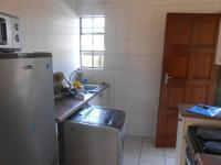 Kitchen - 7 square meters of property in Roodepoort West
