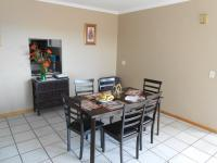 Dining Room - 23 square meters of property in Gordons Bay