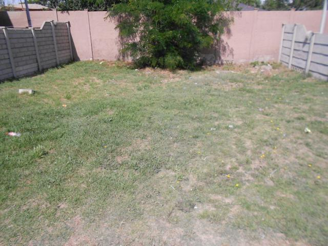 Land For Sale in Vanderbijlpark - Home Sell - MR101877