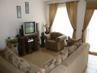 Lounges - 21 square meters of property in Amandasig