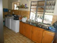 Kitchen - 61 square meters of property in Hartbeespoort