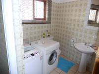 Bathroom 1 - 7 square meters of property in Pennington