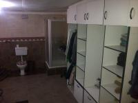 Main Bathroom - 22 square meters of property in Coronationville