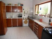 Kitchen - 32 square meters of property in Uvongo