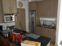 Kitchen - 10 square meters of property in Plattekloof