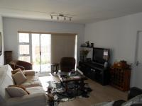 Lounges - 21 square meters of property in Plattekloof