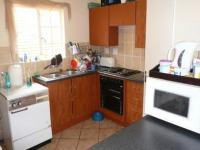 Kitchen - 9 square meters of property in Elarduspark