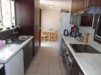 Kitchen - 9 square meters of property in Bloubosrand