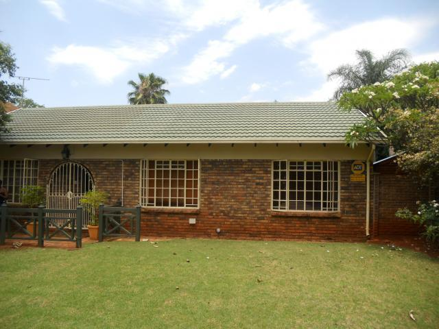 2 Bedroom House For Sale in Chantelle - Private Sale - MR101973