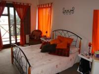 Main Bedroom - 25 square meters of property in Silver Lakes Golf Estate
