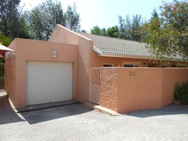 3 Bedroom Simplex for Sale For Sale in Buccleuch - Home Sell - MR102017