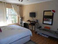 Main Bedroom - 23 square meters of property in Buccleuch