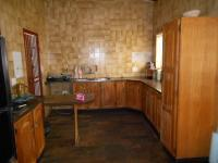 Kitchen - 18 square meters of property in Klipwater