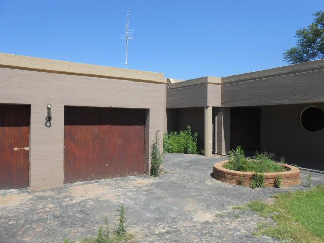 Standard Bank Easysell 3 Bedroom House For Sale In