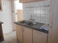 Kitchen - 13 square meters of property in Greenhills