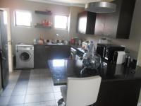 Kitchen - 13 square meters of property in Dainfern