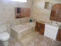 Main Bathroom - 7 square meters of property in Laudium