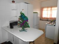 Kitchen - 9 square meters of property in Florida
