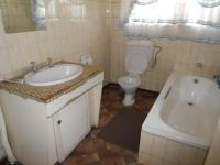Main Bathroom - 7 square meters of property in Florida