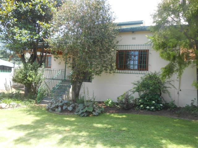 4 Bedroom House for Sale For Sale in Observatory - JHB - Home Sell - MR102076