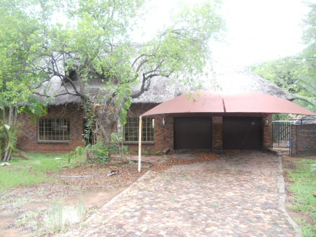 Standard Bank EasySell 4 Bedroom House For Sale in Phalaborwa - MR102081