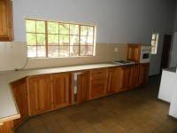 Kitchen - 25 square meters