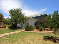 3 Bedroom 1 Bathroom in Oviston