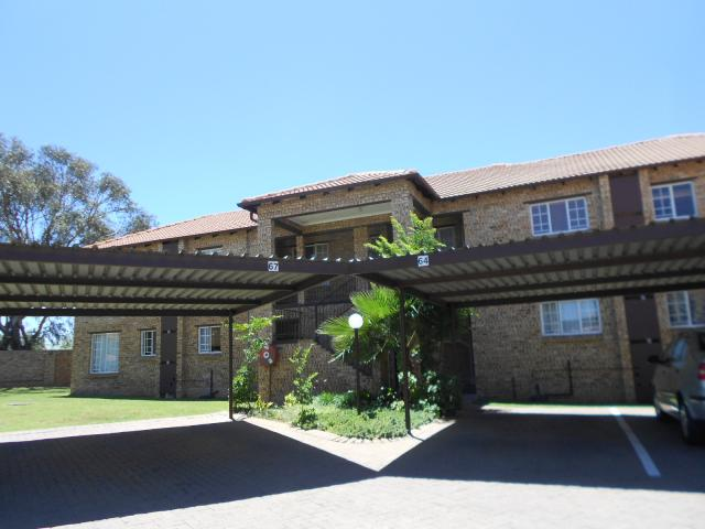 2 Bedroom Apartment for Sale For Sale in Midrand - Home Sell - MR102107